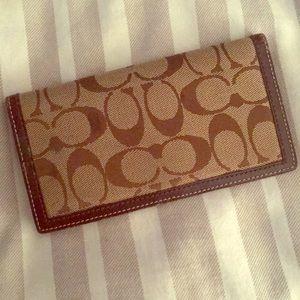 Handbags - Coach checkbook case